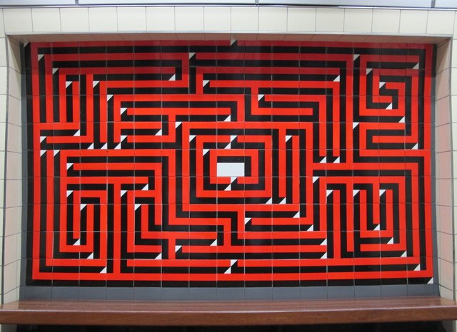 Maze Sign at Warren Street
